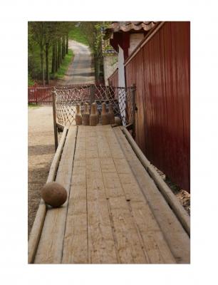 Leinwandbild Bowling - Old Bowling 120 x 80 cm